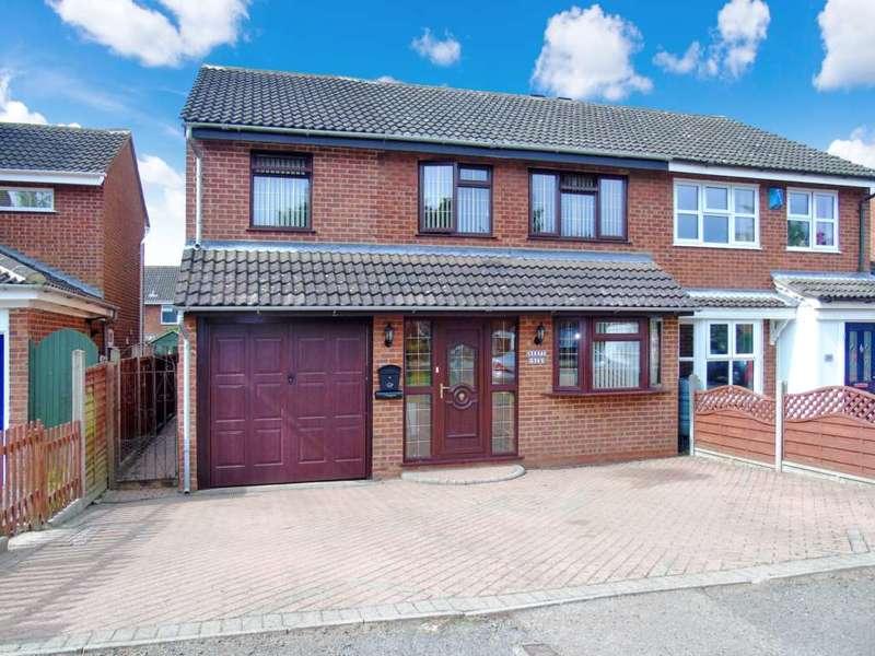 4 Bedrooms Semi Detached House for sale in Kent Road, Stantonbury