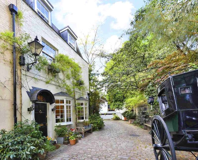 2 Bedrooms Semi Detached House for sale in Albion Mews, London, W2