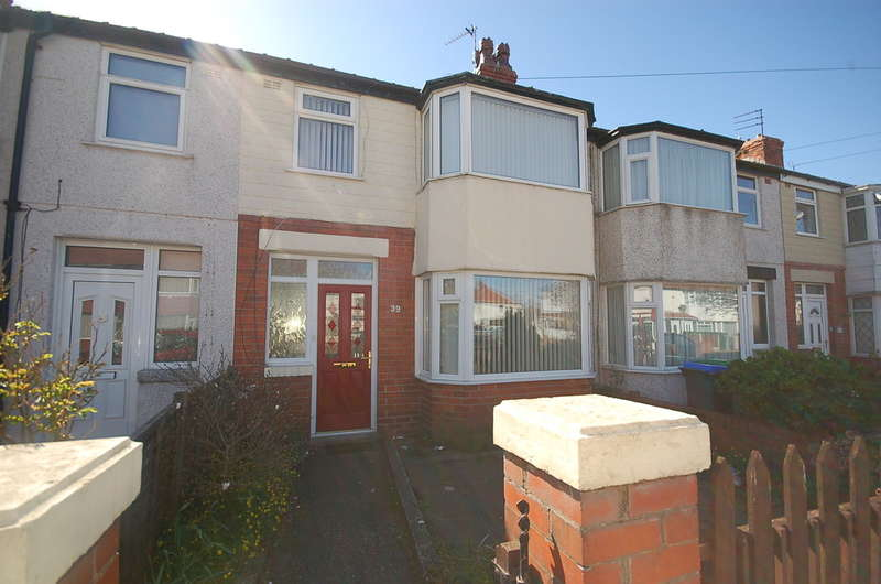 3 Bedrooms Terraced House for sale in Collyhurst Avenue, Blackpool