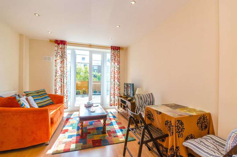 2 Bedrooms Flat for sale in Muswell Hill Place, Muswell Hill, N10