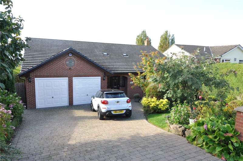 4 Bedrooms Detached House for sale in Pipers Lane, Lower Heswall, Wirral