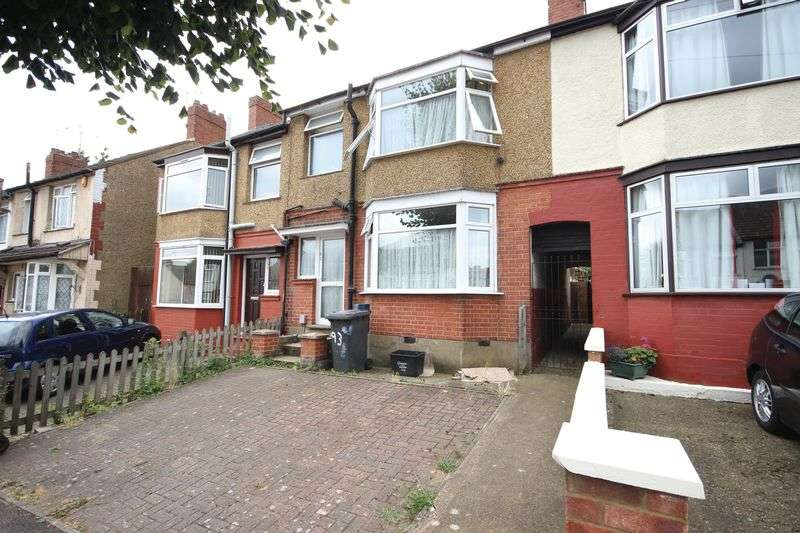 3 Bedrooms Terraced House for sale in Runley Road, Luton