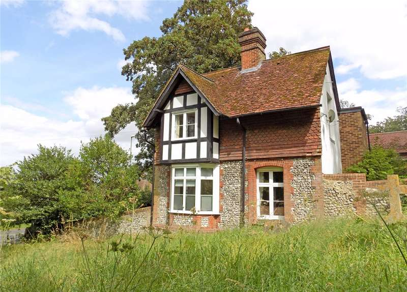 2 Bedrooms Detached House for sale in Alresford Road, Winchester, Hampshire, SO23