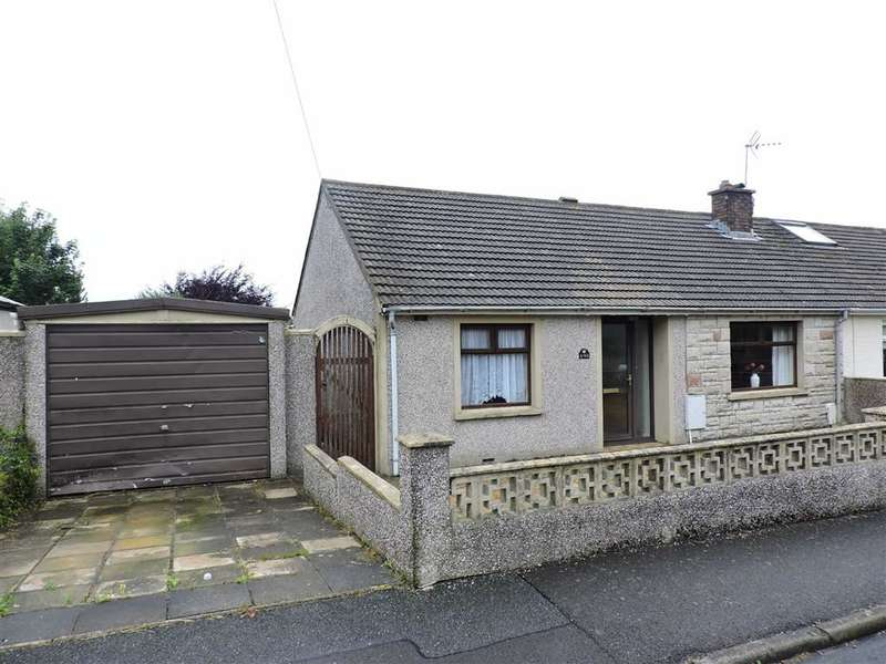2 Bedrooms Property for sale in Heol Preseli, Fishguard