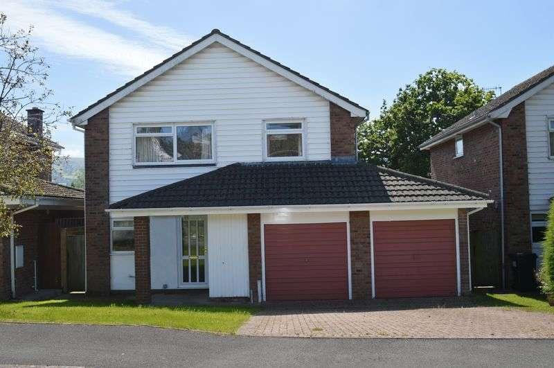 4 Bedrooms Detached House for sale in Crickhowell