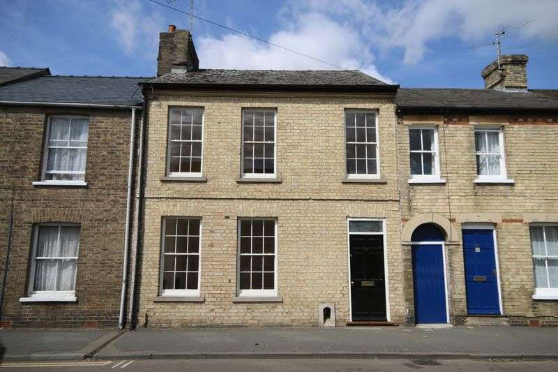 3 Bedrooms Terraced House for sale in Broad Street, Ely
