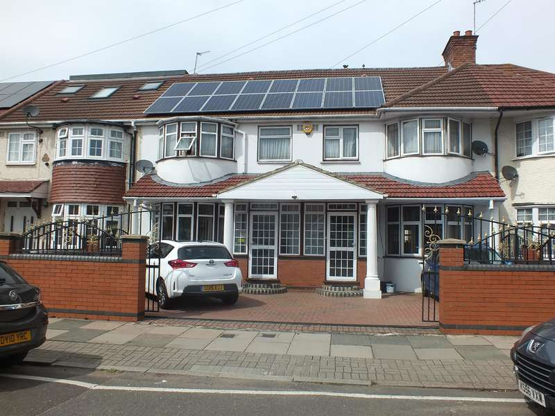 6 Bedrooms Terraced House for sale in Southall, Middlesex