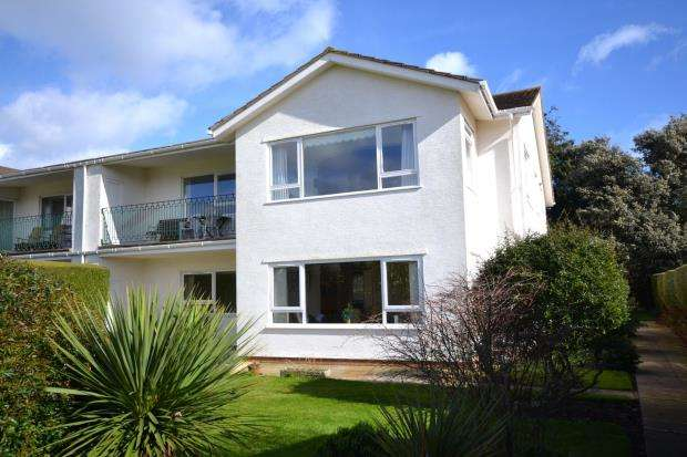 2 Bedrooms Flat for sale in Cricket Field Court, Cricket Field Lane, Budleigh Salterton, Devon