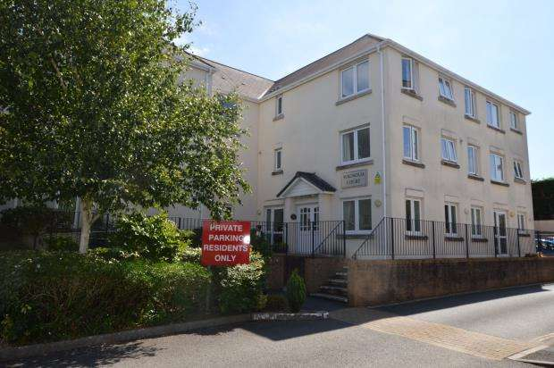 1 Bedroom Flat for sale in Horn Cross Road, Plymouth, Devon