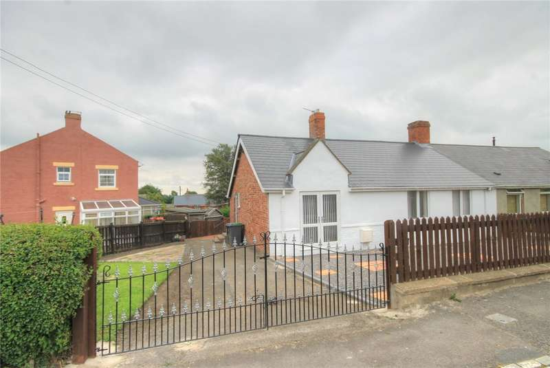 3 Bedrooms Semi Detached Bungalow for sale in Whitehouse Avenue, Burnhope, Durham, DH7
