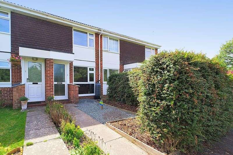 2 Bedrooms Terraced House for sale in Heron Close, Bognor Regis PO22