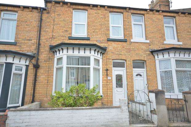 3 Bedrooms Town House for sale in Livingstone Road, Scarborough, North Yorkshire, YO12 7LH