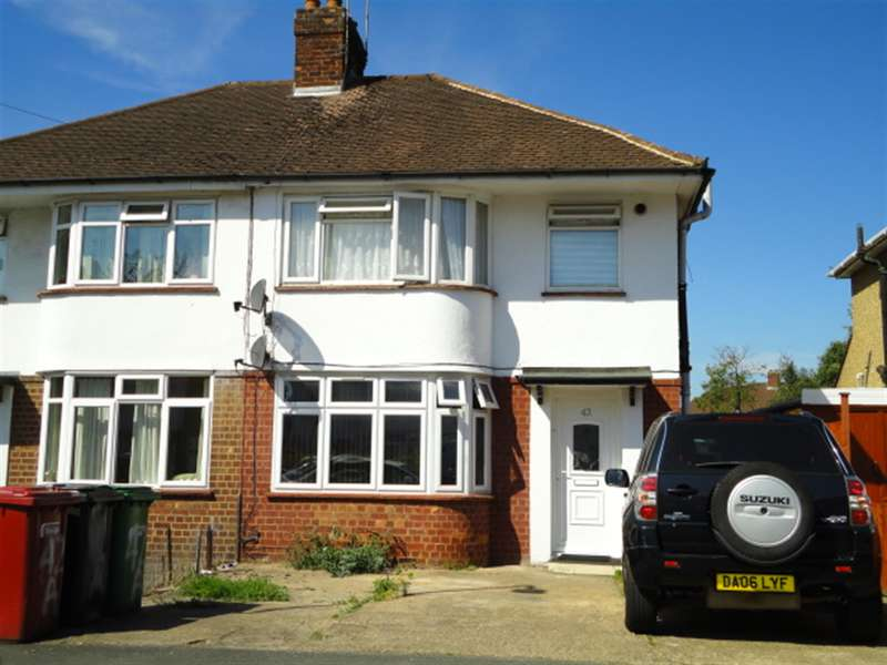 1 Bedroom Maisonette Flat for sale in Cranbourne Road, Slough, Berkshire, SL1 2XG