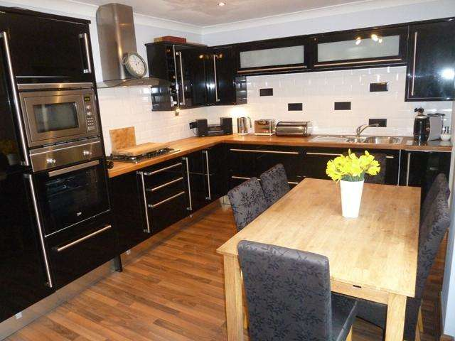 3 Bedrooms House for sale in Trunnah Road, Thornton Cleveleys, Lancashire, FY5 4HE