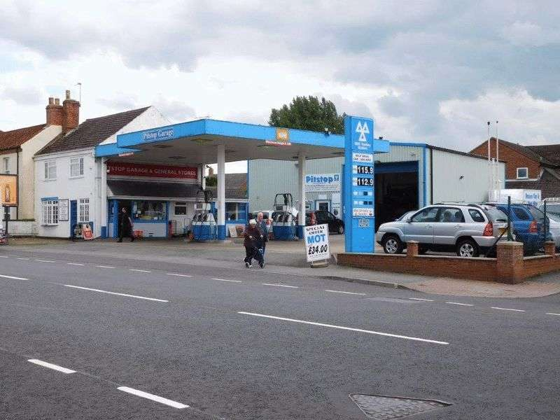 3 Bedrooms Commercial Property for sale in Willingham Road, Market Rasen