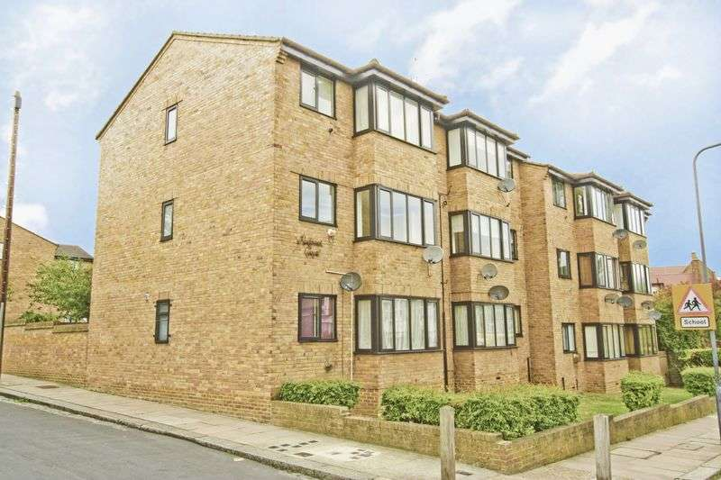 1 Bedroom Flat for sale in Woodville Street, Woolwich