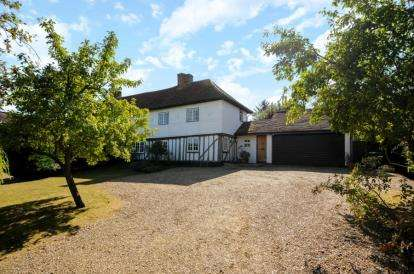 4 Bedrooms Semi Detached House for sale in Walnut Tree Cottages, Middle Street, Nazeing, Waltham Abbey