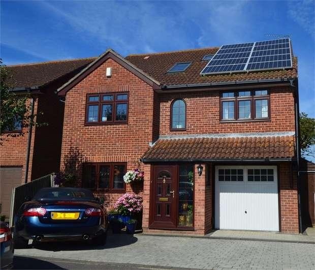 5 Bedrooms Detached House for sale in Stubbington, Fareham, Hampshire