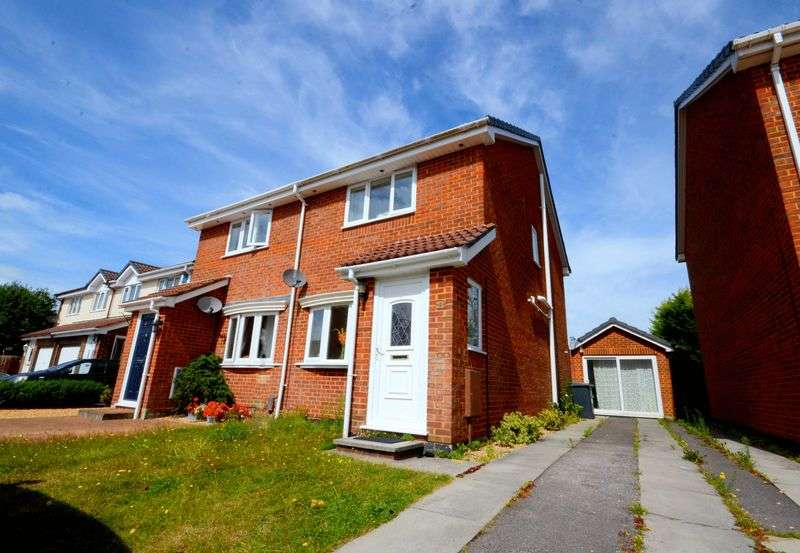 2 Bedrooms Semi Detached House for sale in Perryfield Gardens, Littledown