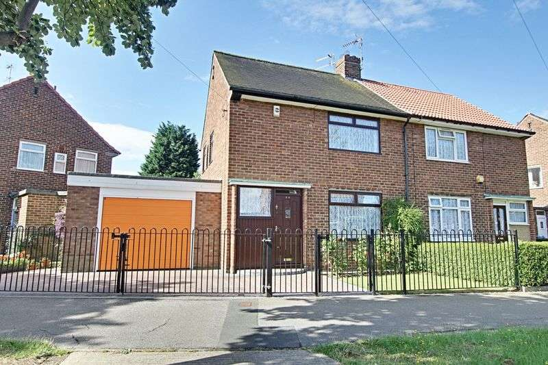 2 Bedrooms Semi Detached House for sale in Wivern Road, Hull