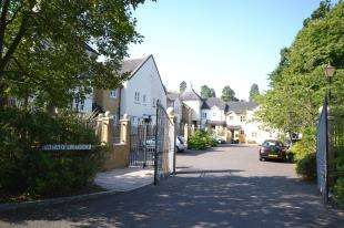 3 Bedrooms House for sale in Faraday Lodge, Badgers Holt, Tunbridge Wells, Kent