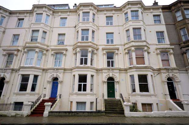 2 Bedrooms Apartment Flat for sale in Albion Road, Scarborough, North Yorkshire YO11 2BT