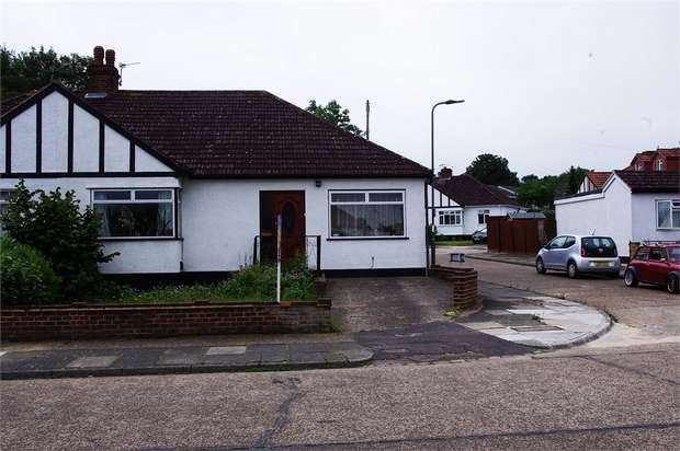 3 Bedrooms Semi Detached Bungalow for sale in Sussex Road, ORPINGTON, Kent