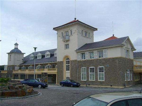1 Bedroom Flat for sale in Knightstone Causeway, Weston-Super-Mare