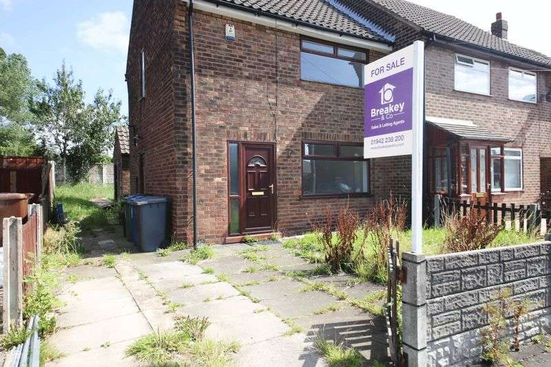 2 Bedrooms Terraced House for sale in Thirlmere Road, Hindley, Wigan