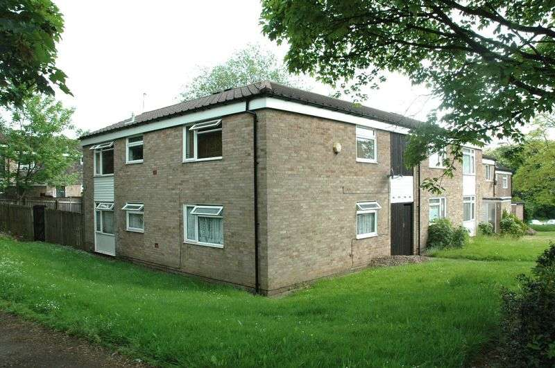1 Bedroom Flat for rent in Leahurst Crescent Harborne B17 - Double room within a shared flat b
