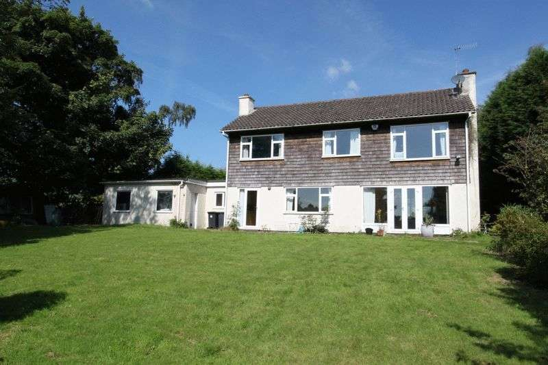 4 Bedrooms Detached House for sale in Acton, Newcastle
