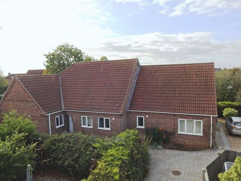 4 Bedrooms Detached Bungalow for sale in Church Lane, Kirkby-la-Thorpe