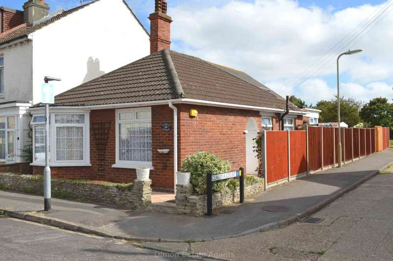 2 Bedrooms Detached Bungalow for sale in Clifton Street, Gosport