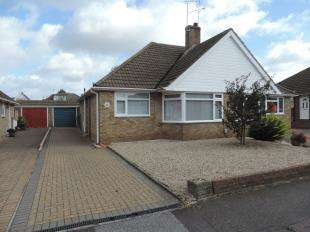 2 Bedrooms Bungalow for sale in Egremont Road, Bearsted, Maidstone, Kent