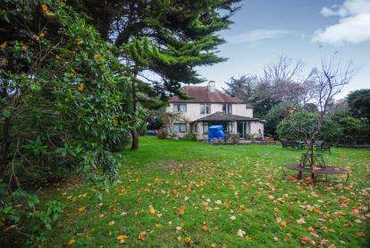 7 Bedrooms Detached House for sale in Bembridge, Isle Of Wight