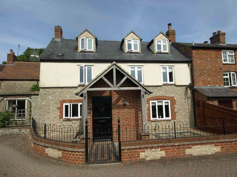 3 Bedrooms Town House for sale in West End, Launton