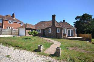 Bungalow for sale in Park Lane, Bexhill-On-Sea, Bexhill On Sea, East Sussex