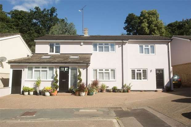 6 Bedrooms Detached House for sale in Beechpark Way, WATFORD, Hertfordshire