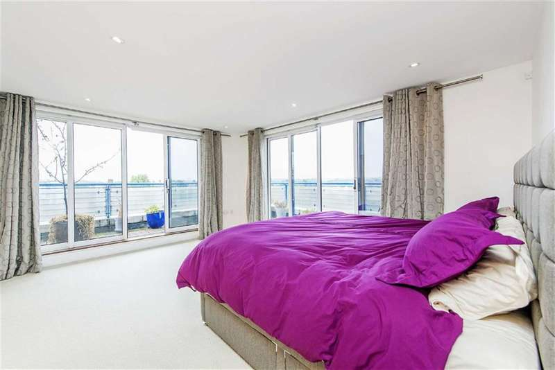 2 Bedrooms Property for sale in Lumiere Court, 209 Balham High Road, Balham