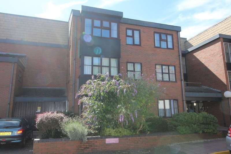 1 Bedroom Retirement Property for sale in Lincoln Gate, Lincoln Road, Peterborough, PE1 2RD