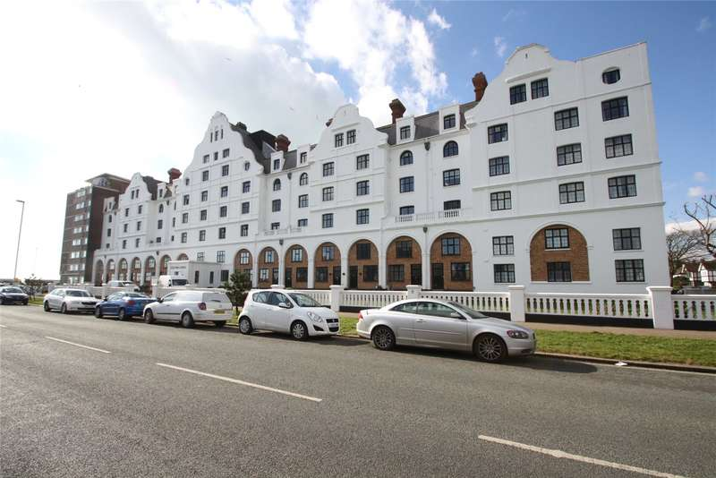 1 Bedroom Apartment Flat for sale in Dolphin Lodge, Grand Avenue, Worthing, BN11