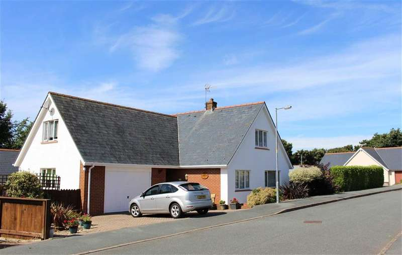 4 Bedrooms Property for sale in Blackbridge Drive, Milford Haven