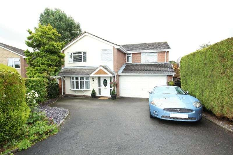 4 Bedrooms Detached House for sale in Essex Drive, Biddulph