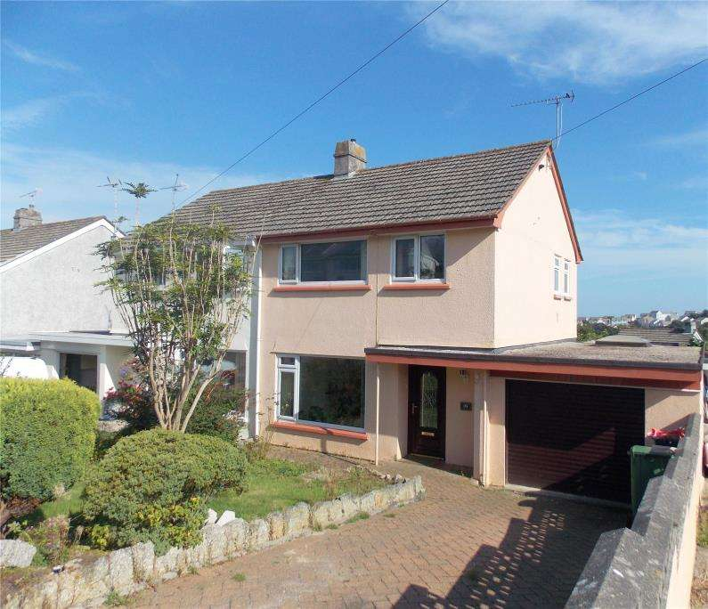 3 Bedrooms Semi Detached House for sale in Mongleath Close, Falmouth, Cornwall