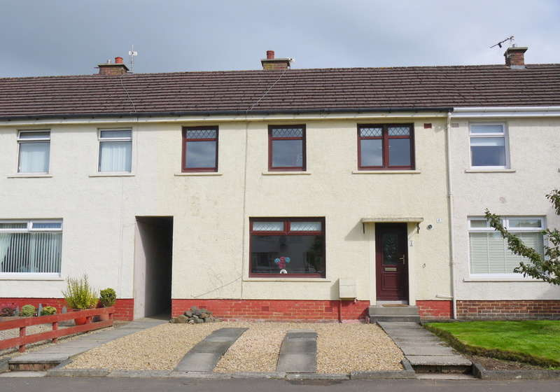 3 Bedrooms Terraced House for sale in Beech Grove, Ayr, KA8