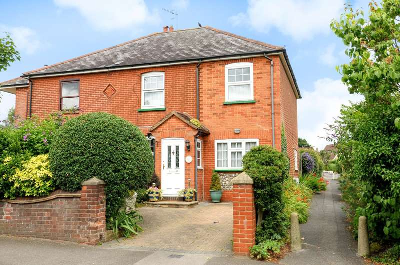 3 Bedrooms Semi Detached House for sale in Jacobs Well