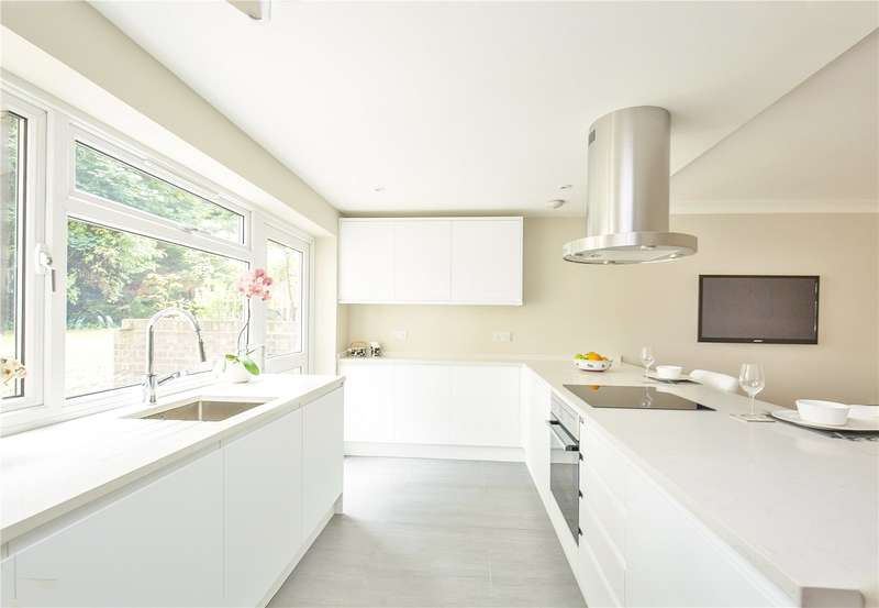 2 Bedrooms Apartment Flat for sale in Windsor Court, Southgate, N14