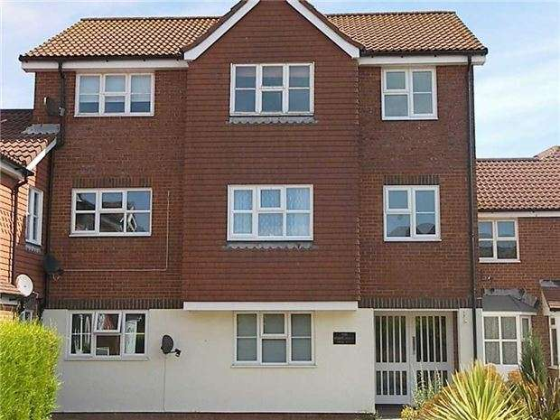 2 Bedrooms Flat for sale in The Portlands, Eastbourne, BN23 5RD