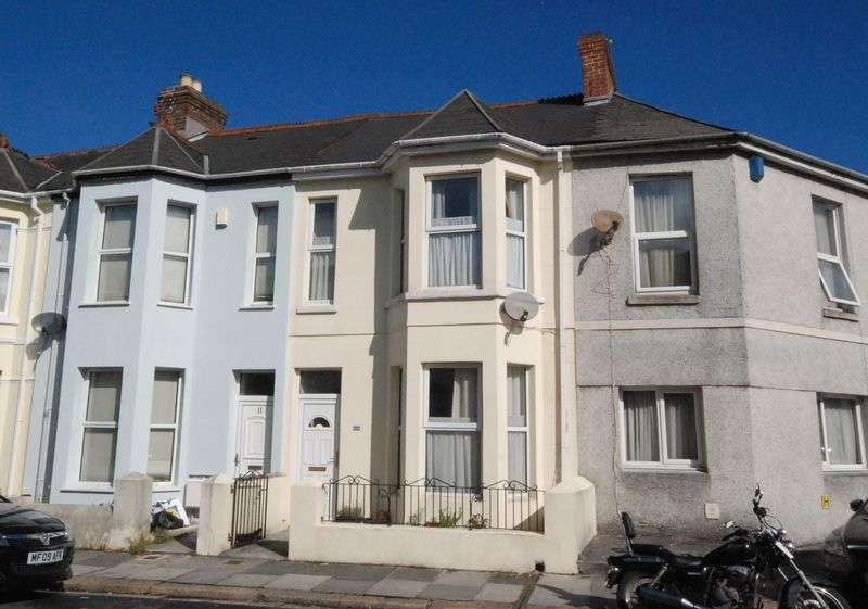 4 Bedrooms Terraced House for sale in Elim Terrace, Peverell, Plymouth. A spacious and extended 4 bedroomed terraced family home, quiet Peverell road.