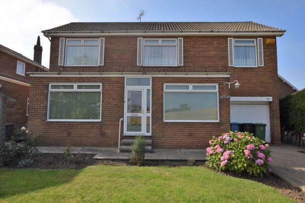 4 Bedrooms Detached House for sale in Cornelian Drive, Scarborough, North Yorkshire, YO11 3AL